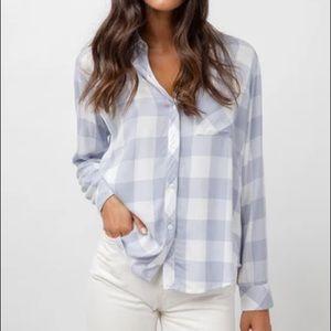 Lightweight plaides button shirt